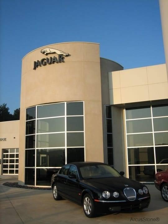 Jaguar-Augusta4
